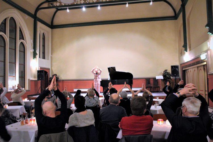 God stemning under Aksel Kolstad-konserten.