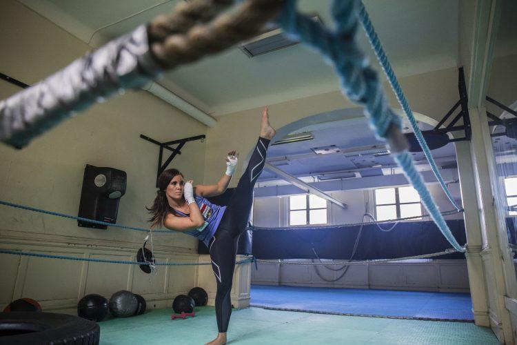 Pernille Bure Karlsen, flere ganger norsk og skandinavisk mester i kickboksing, og har en rekke medaljer fra World cup og andre internasjonale stevner. Hun har også gull fra Irish Open, som regnes som verdens største kickboxing-turnering.